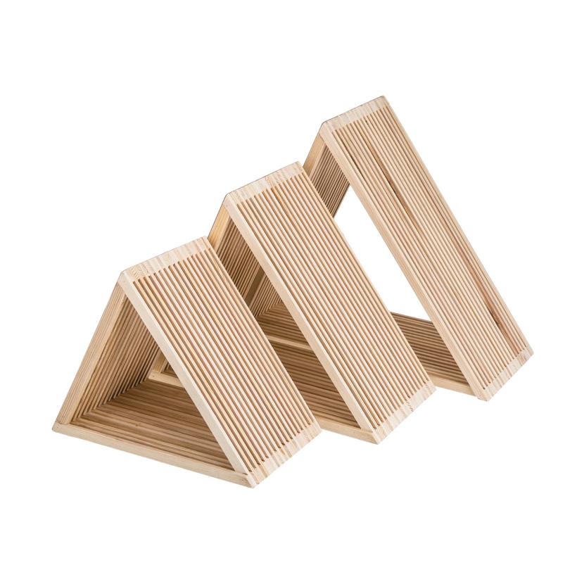 # Holzpräsenter, 42x42x18cm, 35x35x18cm, 28x28x18cm, im 3er-Set, ineinander passend
